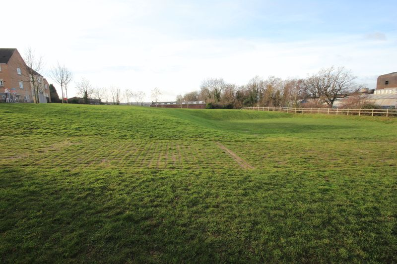 Dixon Close Enfield