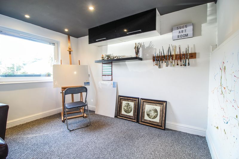 Art room / home office