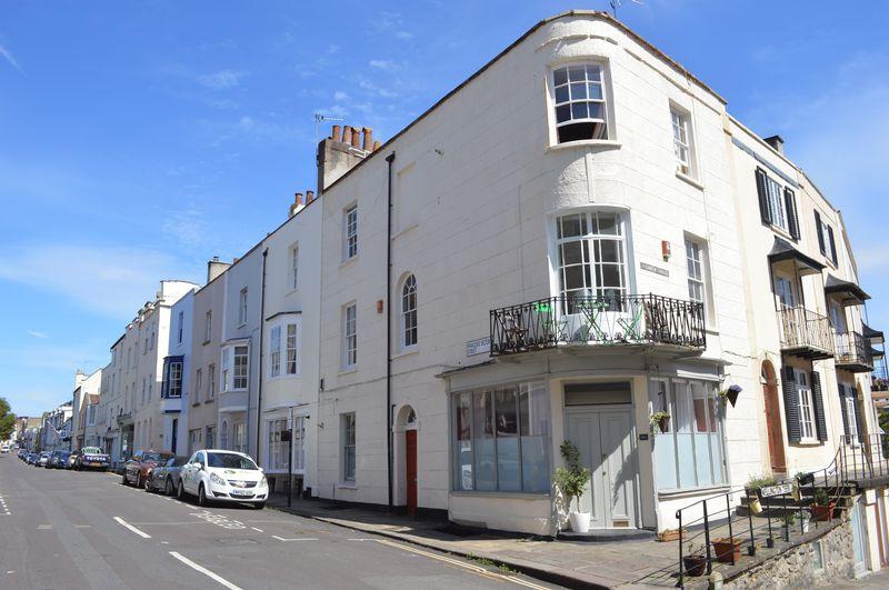 Princess Victoria Street
