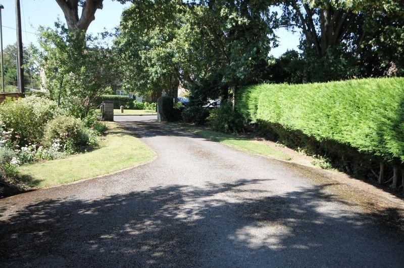Evans Lane