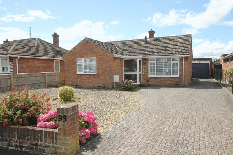 2 Bedrooms Property for sale in Cromwell Way, Kidlington