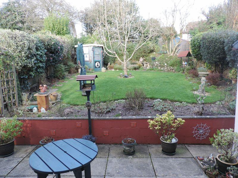Large established rear garden