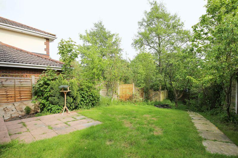 Fernside Grove Winstanley