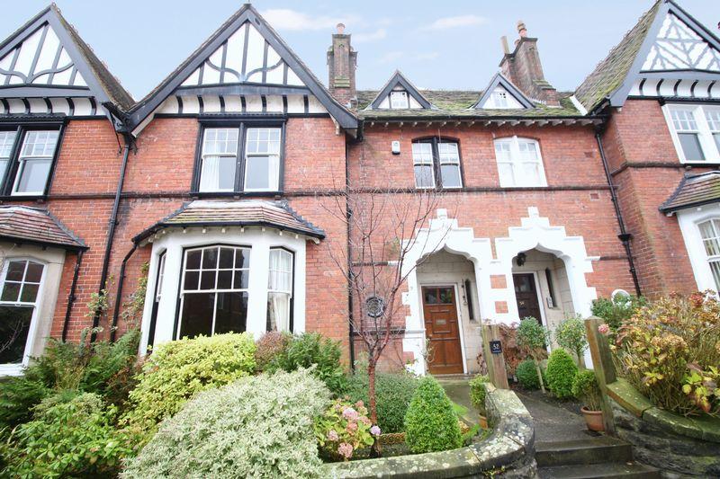 6 Bedrooms Property for sale in Esplanade Road, Scarborough
