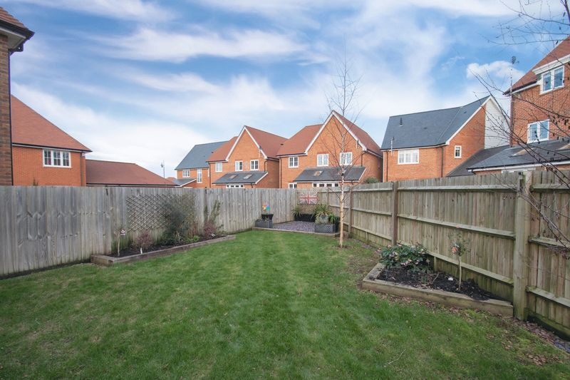 Sonning Crescent North Bersted
