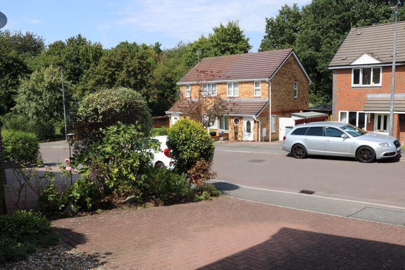 Ashcombe Crescent North Common