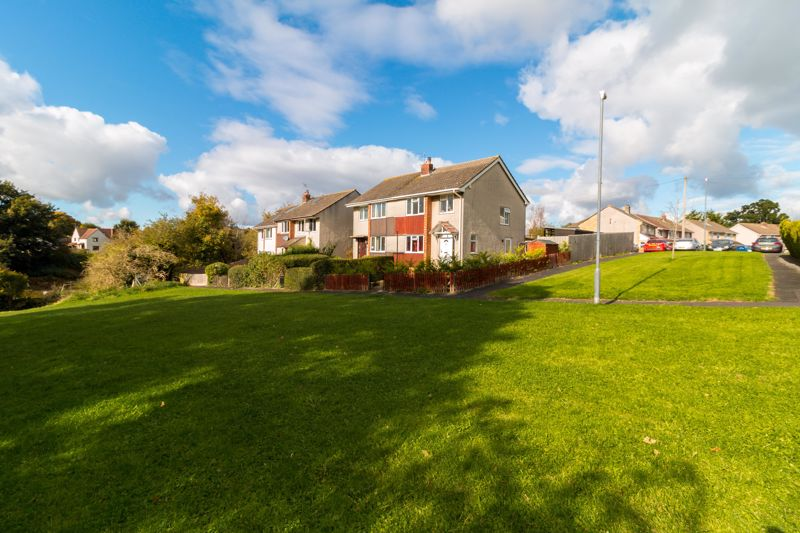 Fairway Close Oldland Common