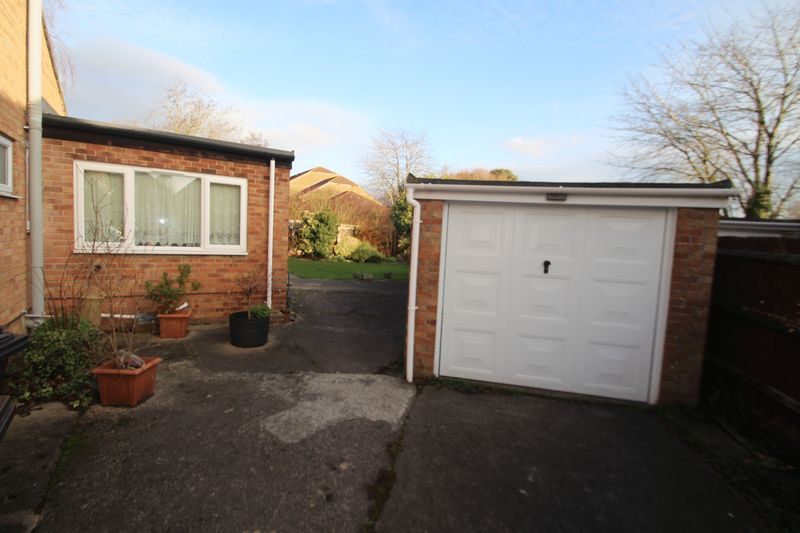 Springville Close Longwell Green