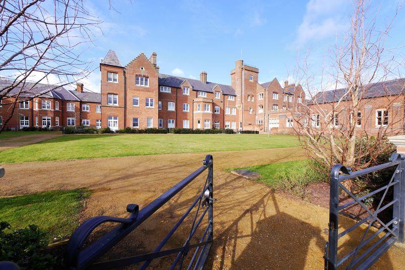 Basildon Court