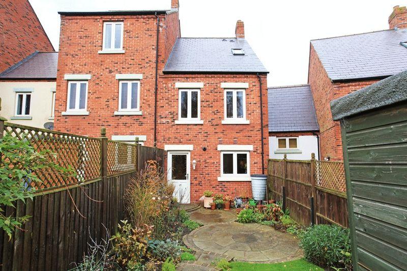 Village Drive Lawley Village