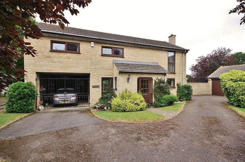 4 Bedrooms Property for sale in Pensclose, Witney