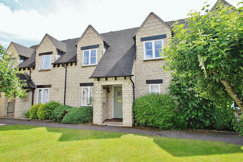 2 Bedrooms Property for sale in Hawthorn Drive, Bradwell Village, Near Burford
