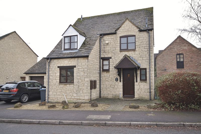 3 Bedrooms Property for sale in Idbury Close, Witney