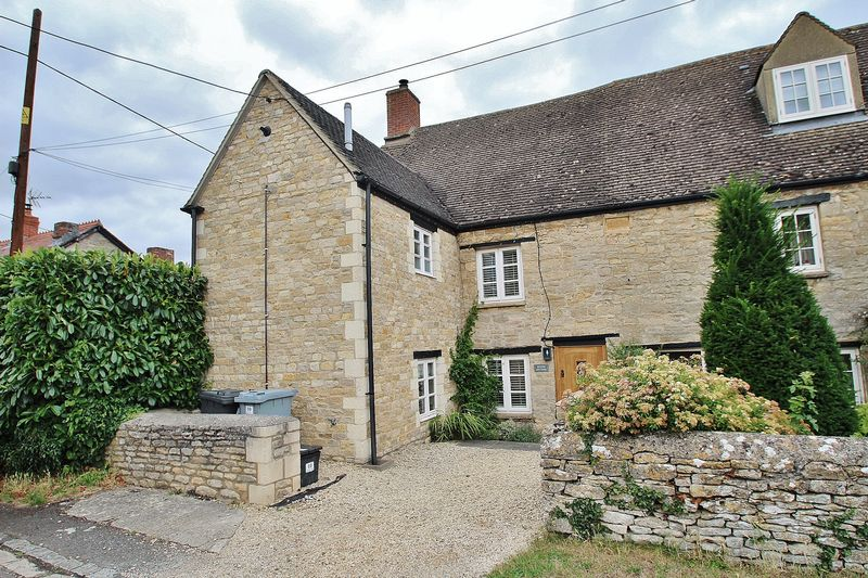 3 Bedrooms Property for sale in 10 Tristram Road, Ducklington
