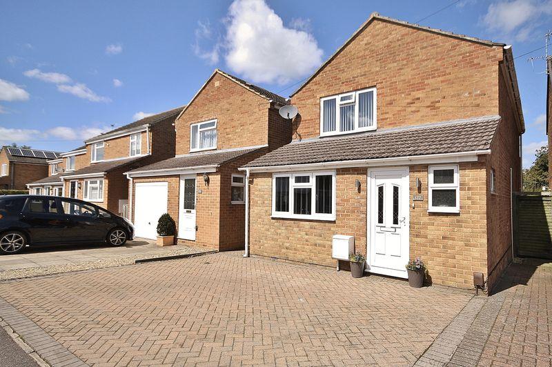 3 Bedrooms Property for sale in Spareacre Lane, Eynsham