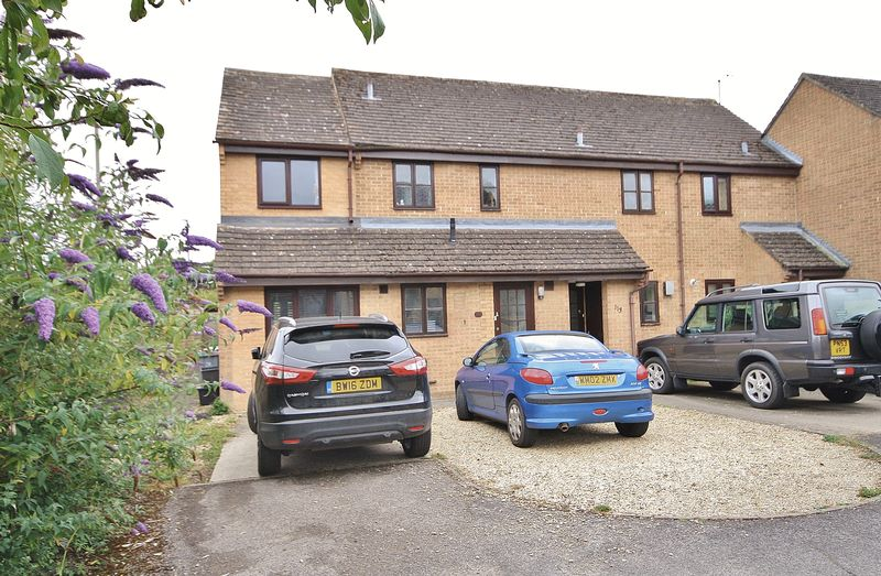 2 Bedrooms Property for sale in Cogges Hill Road, Witney