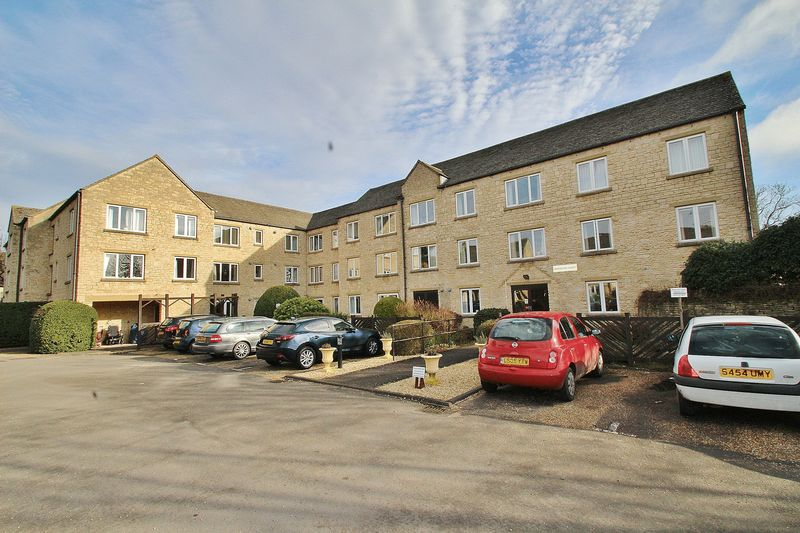 1 Bedroom Property for sale in 67 St Mary's Mead, Witney