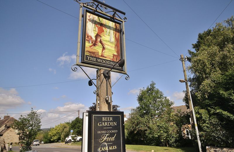 The Woodman Public House - North Leigh