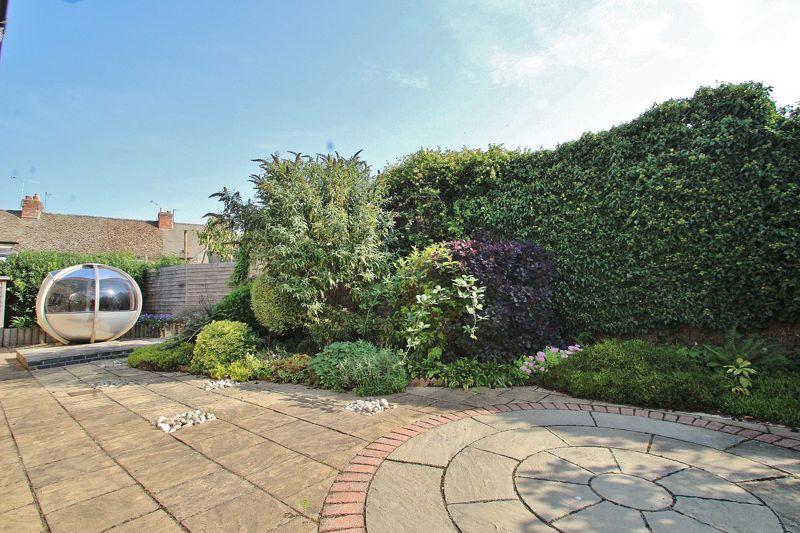 Corndell Gardens