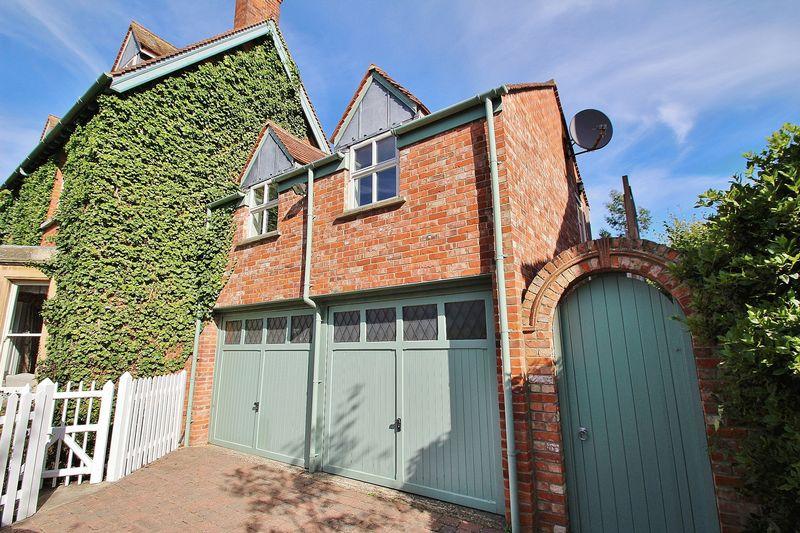 Pigeon House Lane