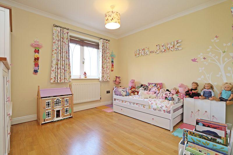 Cheshire Close Whiteley