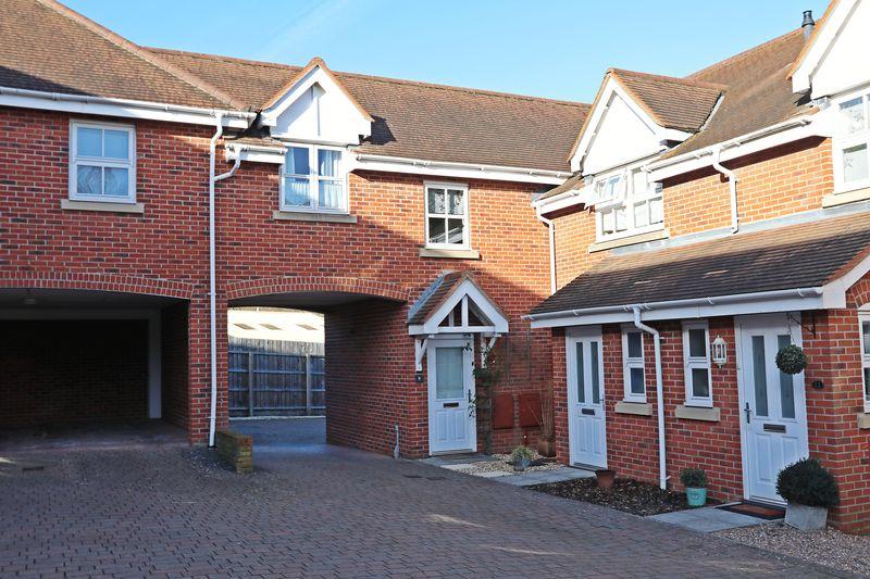 New Inn Court Sarisbury Green