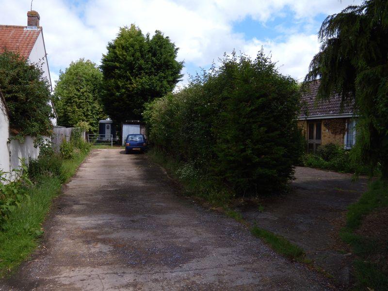 Wyre Close Haddenham