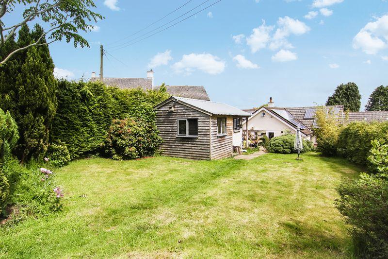 Barn Close Whiddon Down