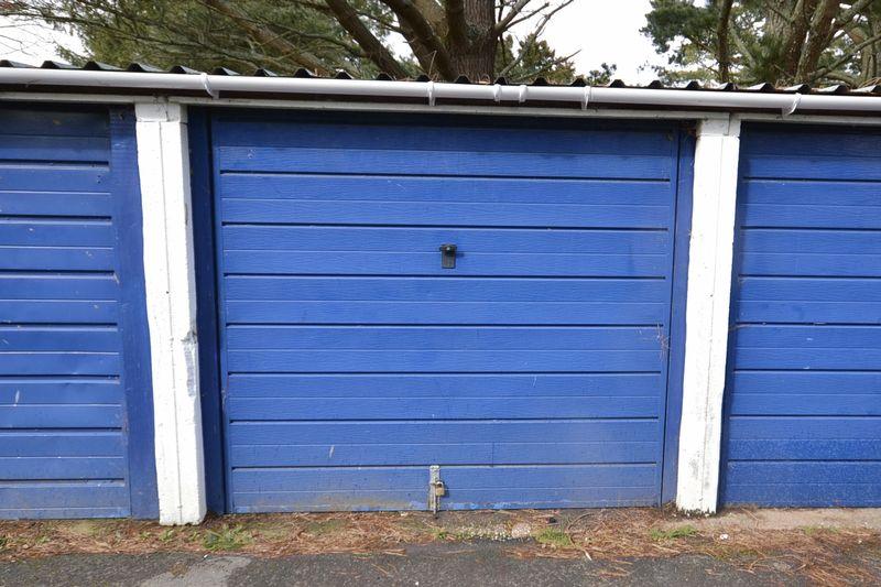 Swallowfields Garages