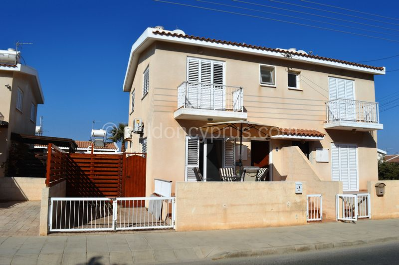 2-bedrooms-property-famagusta-for-sale