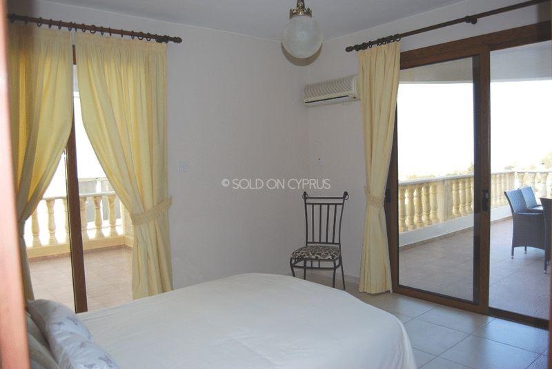 Entrance Level Bedroom