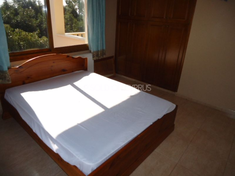 Upstairs-bedroom-1