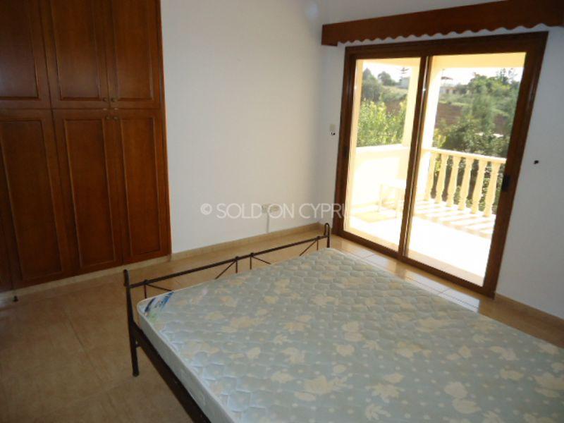 Upstairs-bedroom-2