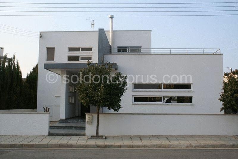 4-bedrooms-villa-famagusta-for-sale