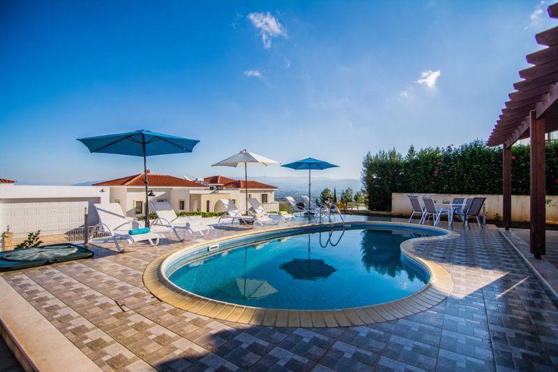 Large veranda pool area