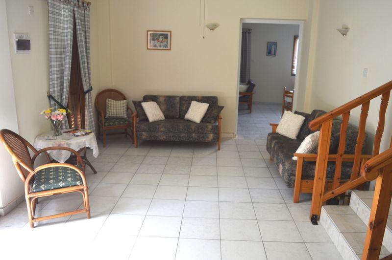 2 bedroom apartment lounge area