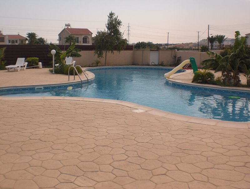 Apartment/pool view