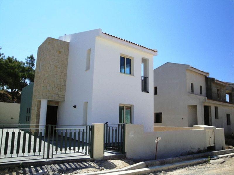 3-bedrooms-villa-limassol-for-sale