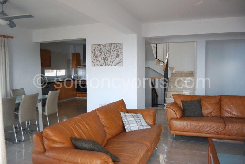 Open Plan Lounge, Kitchen, Dining Area