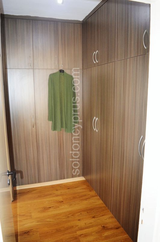 Master Bedroom Walk in Wardrobe