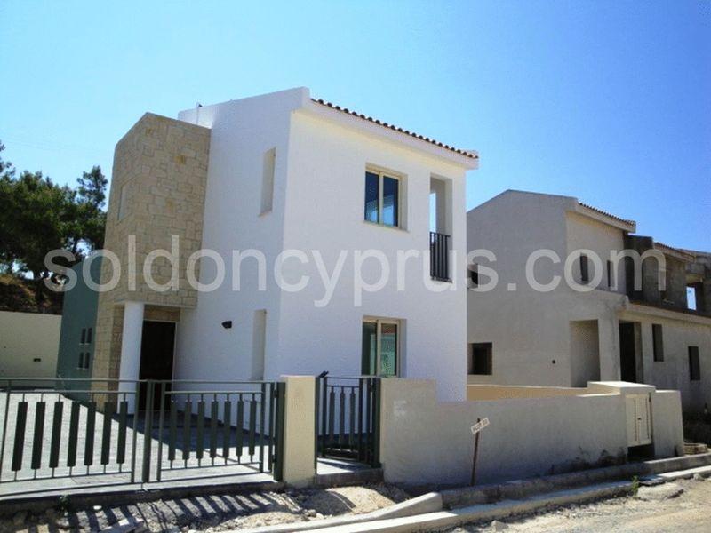 2-bedrooms-land-limassol-for-sale
