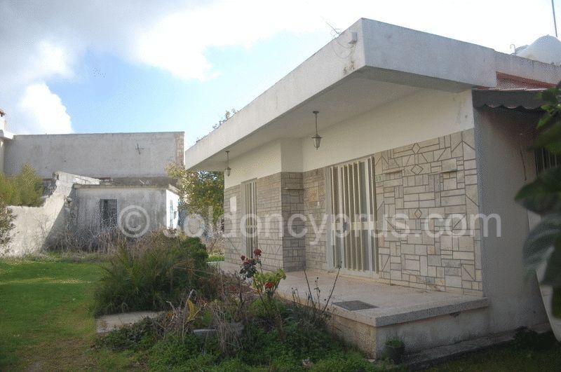 3-bedrooms-bungalow-paphos-for-sale