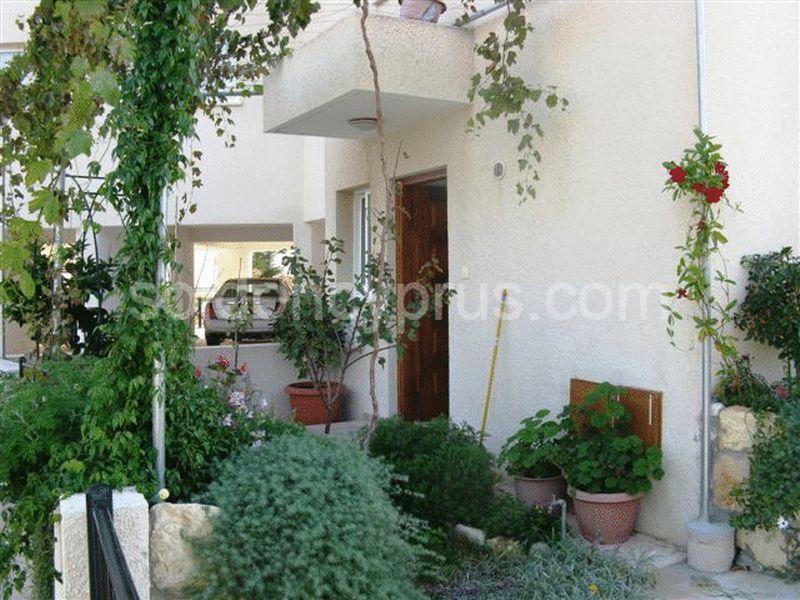 3-bedrooms-land-paphos-for-sale