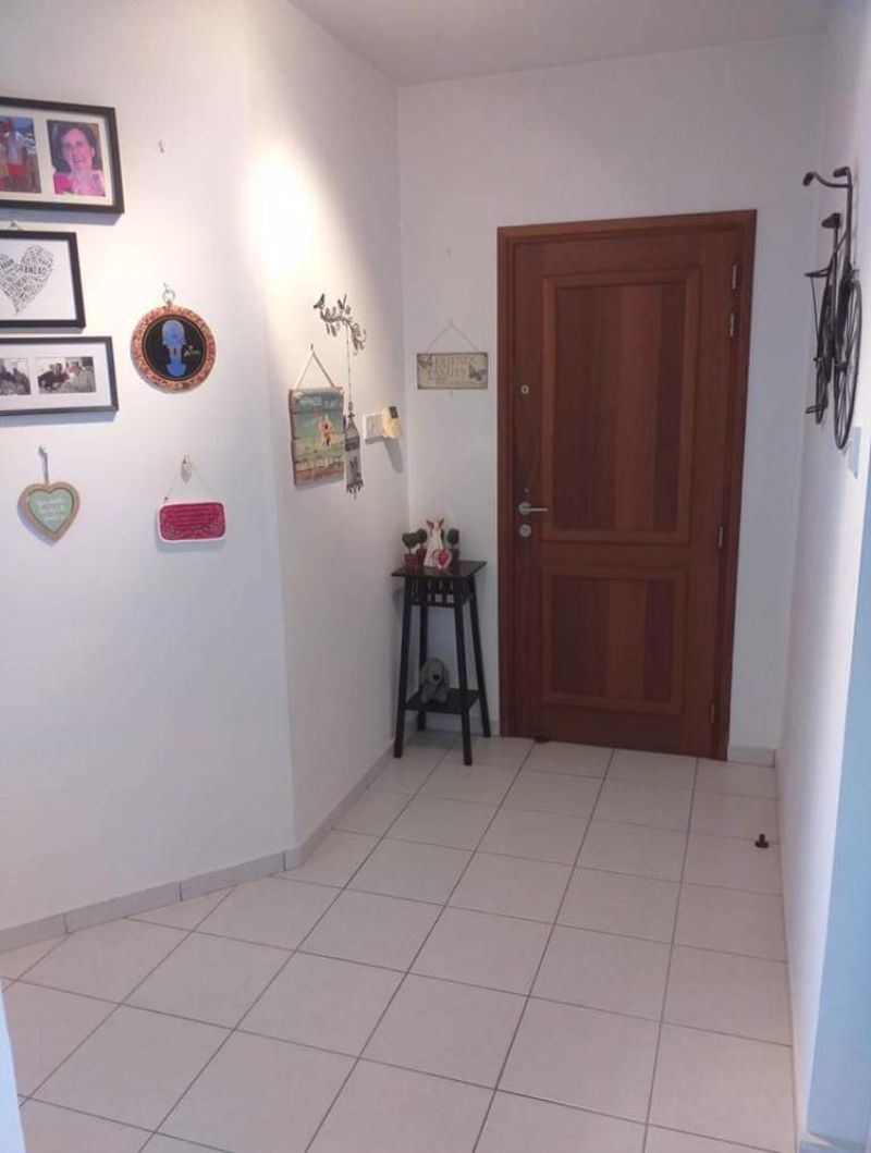 Large Entrance Hallway