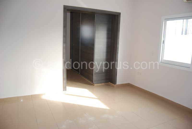 Master Bedroom with Walk in Wardrobe