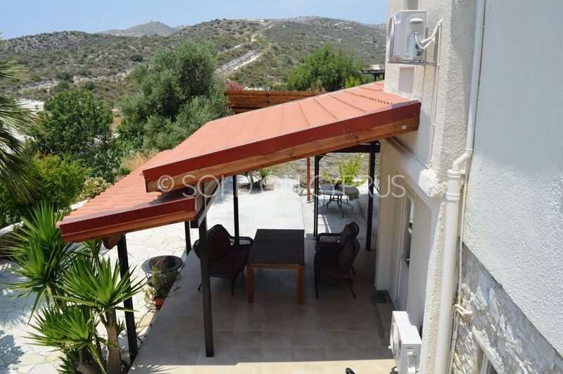 Pergola covered veranda