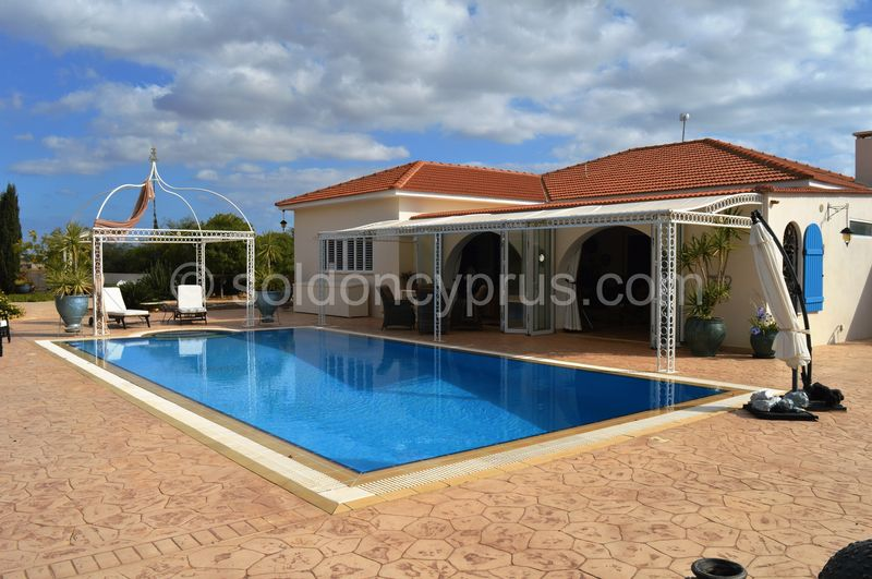 3-bedrooms-bungalow-famagusta-for-sale