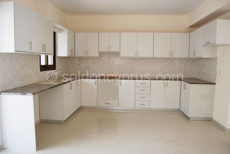 Villa 1 - Kitchen