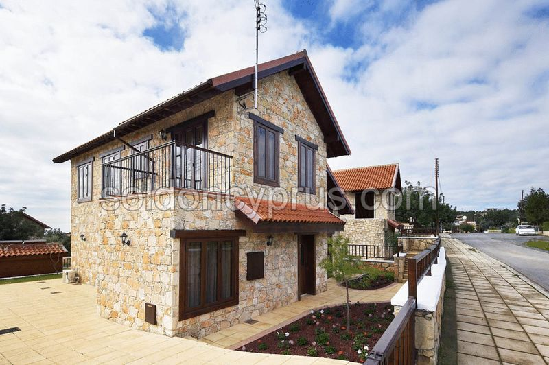 3-bedrooms-land-limassol-for-sale