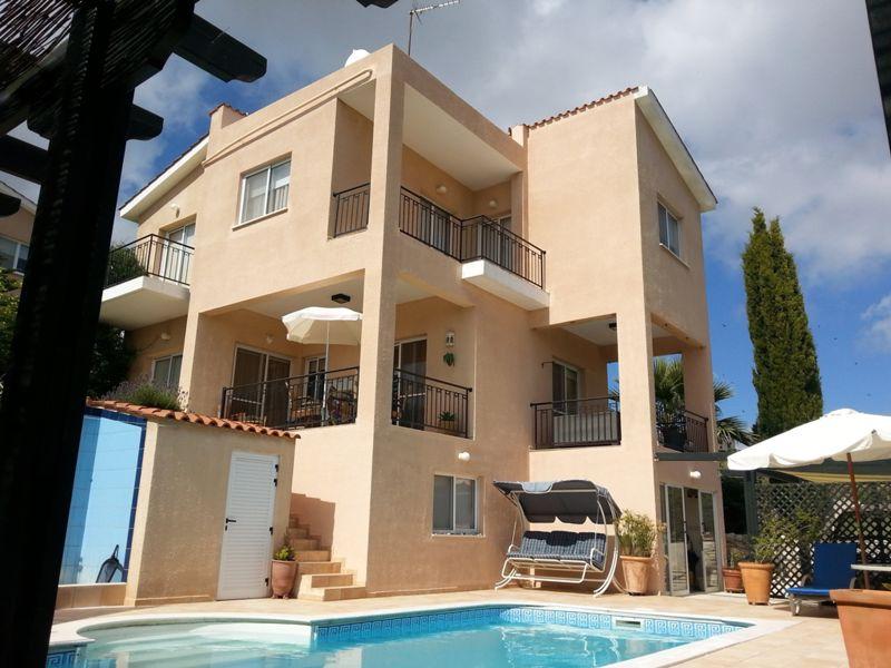 3 Floor villa